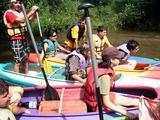 Naše souloď (její levá půlka) na řece Ohři.