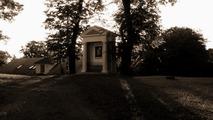 Nad Krnovem se majestátně tyčí Cvilín. Mystický kopec, kór takhle po ránu...