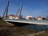 Libo-li lanový most?