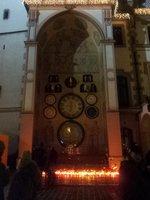 Olomoucký orloj plný absurdit...